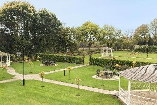 Ramada Resort by Wyndham Park Hall Wolverhampton