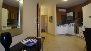 Eri Apartments E378