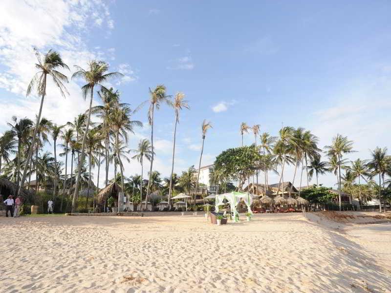Aroma Beach Resort Spa Lodgings In Phan Thiet