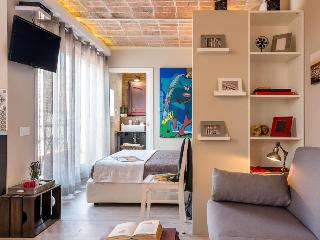 Homearound Vintage Suites