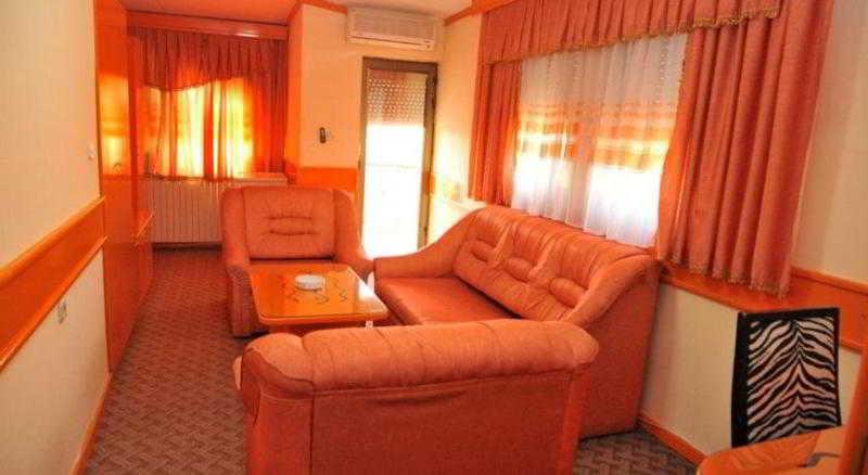 Centrobiznis 92 Hotel