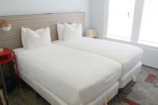 Albergue Pontiac Hotel