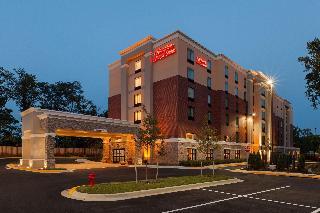 溫泉露營歡朋酒店及套房