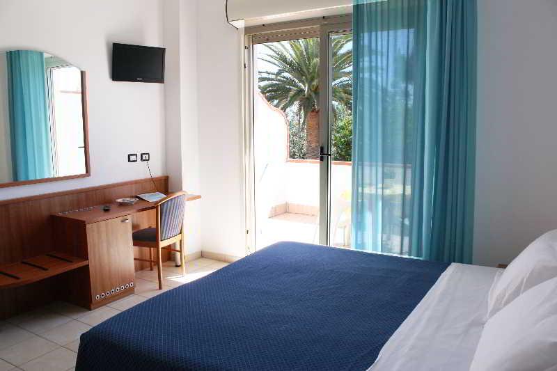 Viajes Ibiza - HOTEL SAN REMO
