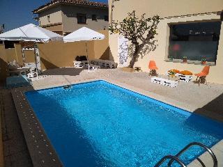 Viajes Ibiza - HOSTAL ESPLAI