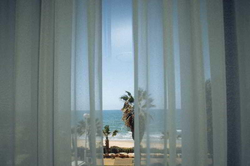 Elis Hotel