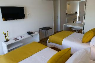 1.4 Mérit Montevideo Apart & Suites