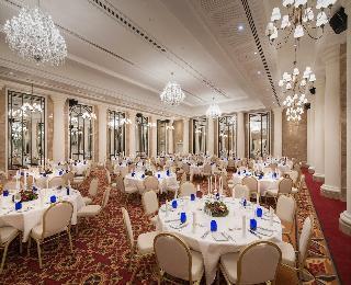 Titanic Hotel Berlin Franzosische Strasse