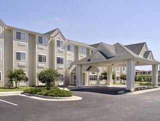 Howard Johnson Inn And Suites-Ashland/Near Kings D