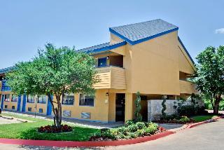 OYO Hotel Dallas Love Field
