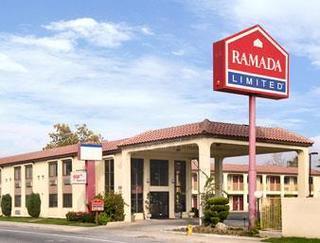 Americas Best Value Inn & Suites Bakersfield Centr