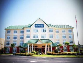 Travelodge Savannah Gateway Hotel