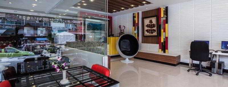 Patong Holiday Hotel