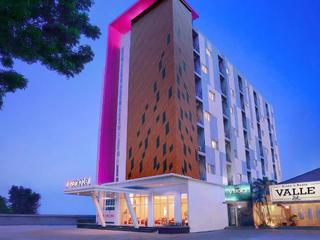 Hotel Favehotel Diponegoro