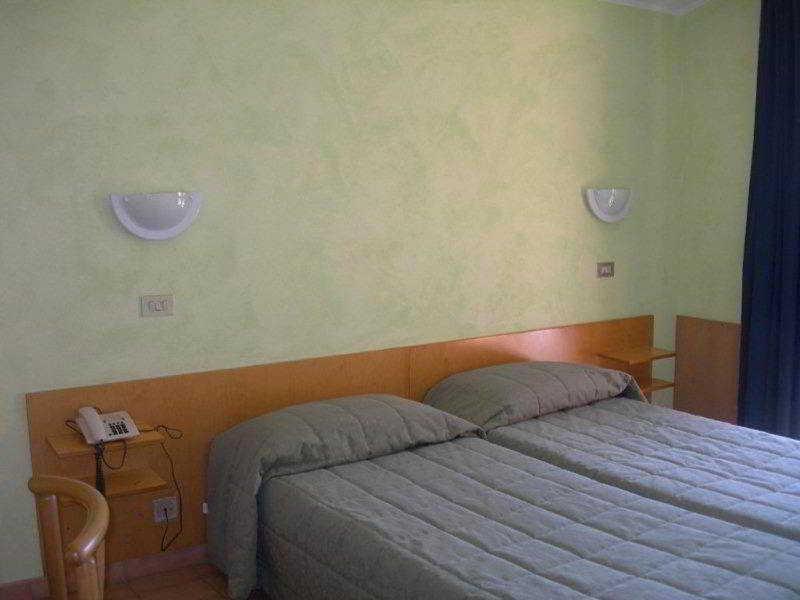 Viajes Ibiza - Hotel Sorriso