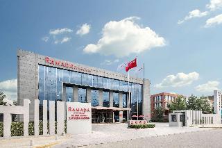 Days Hotel Beijing New Exhibition Center