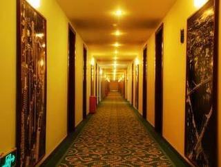 Super 8 Hotel Jiaozhou City Bus Terminal