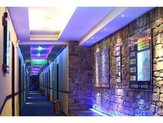 Super 8 Hotel Chengdu ChuXiLu WangFuJing
