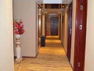 Super 8 Hotel Shenzhen Baoan ShaJingJieDao BoGang