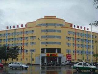 速8酒店盤錦吉星店