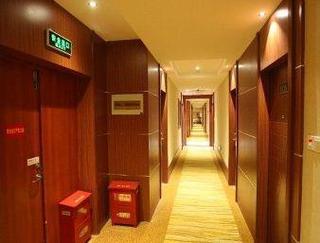 速8酒店靖江長途汽車站店