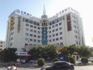 速8酒店泉盤旋中路店