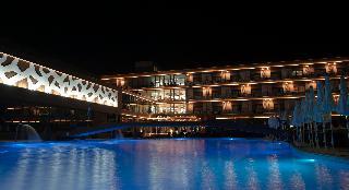Sky Blue Hotel & Spa