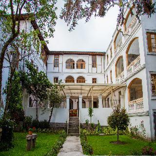 Solera House Adventure Hostel