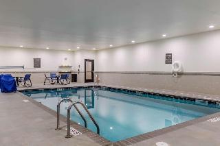 Trovalia Comfort Inn Suites