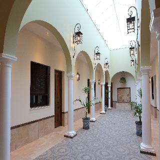 hotel HOSTAL GARLU en la población de La Rambla