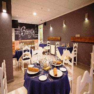 Viajes Ibiza - Savoy Hostal