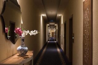 Oz SUI Resort Hotel
