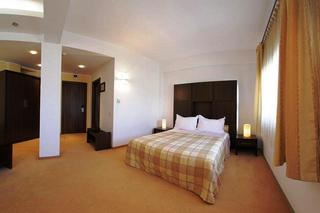 Celly Hotel