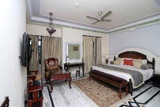 Orient Taj Hotel &Resort
