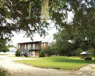 Hillcrest Lake Villas
