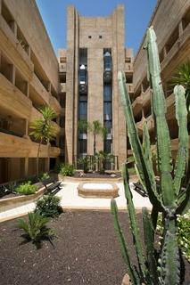apartamentos leo jardines de isla canela