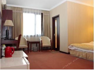 Wangfujing Yindi Hotel