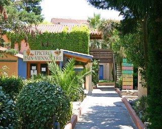 Cela Canet Malibu Village