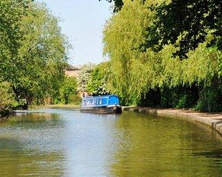 Canalboat Club at Gayton Marina