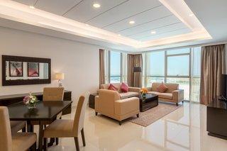 Ramada Hotel And Suites Amwaj Islands