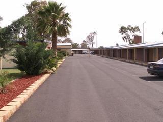 Parkview Motor Inn Parkes