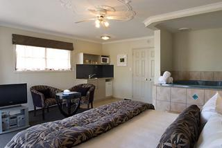 Silver Fern Accommodation and Spa