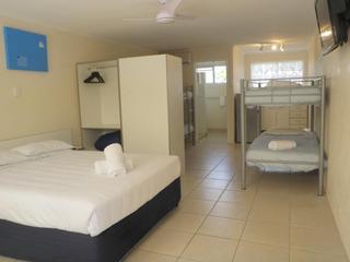 Tin Can Bay Motel & Holiday Units