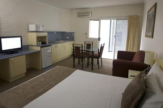 Toowong Inn and Suites
