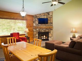 bluegreen vacations christmas mountain village lodgings in wisconsin dells area - Bluegreen Christmas Mountain