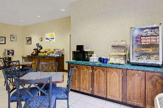 Days Inn by Wyndham West Liberty