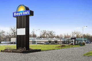 Days Inn by Wyndham Rock Falls