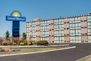 Days Hotel by Wyndham Toms River Jersey Shore
