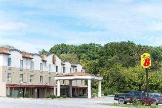 Super 8 by Wyndham Beaver Falls