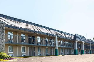 Quality Inn Hurricane Mills